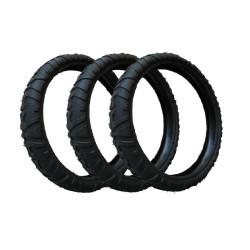 3 neumáticos de cochecito...